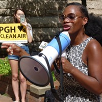 State Rep.-elect Summer Lee rallies with environmentalists for cleaner air
