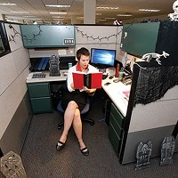 Which <i>City Paper</i> staffer pulled together a better design for her desk area?