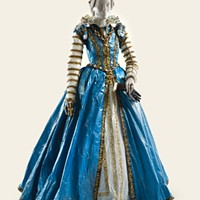 Clothing based on the Medici family