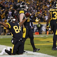 Antonio Brown celebrates the Steelers second and final touchdown of the game.