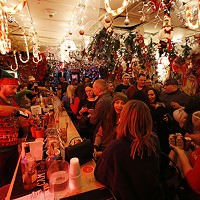 Take yourself on a holiday bar crawl in Downtown Pittsburgh this week