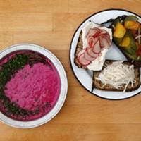 Best Vegan/Vegetarian Restaurant: Apteka