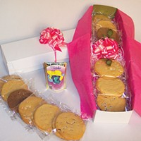 """Local company Send Me No Flowers offers """"bouquets"""" of cookies"""