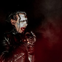 Marilyn Manson has a rough weekend, sustaining injuries in Pittsburgh and New York,  cancels next nine shows (4)