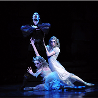 "Over Halloween weekend, Pittsburgh Ballet Theatre performs <a href=""https://www.pbt.org/performances/dracula-pittsburgh/"">Dracula</a> a ballet based on Bram Stoker's 1897 gothic novel. A haunting score by Franz Liszt builds suspense while levitation, flying and pyrotechnics make the choreography even more climactic. The New York Times described it as a ""spectacle of an order ballet audiences seldom see today."""