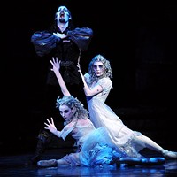 "<br>Over Halloween weekend, Pittsburgh Ballet Theatre performs <a href=""https://www.pbt.org/performances/dracula-pittsburgh/"" target=""_blank"">Dracula</a> a ballet based on Bram Stoker's 1897 gothic novel. A haunting score by Franz Liszt builds suspense while levitation, flying and pyrotechnics make the choreography even more climactic. The New York Times described it as a ""spectacle of an order ballet audiences seldom see today."""