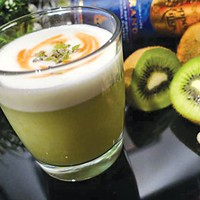 Haters Wanna Kiwi cocktail