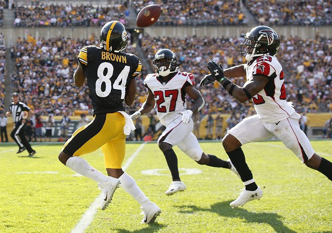 Antonio Brown's 47-yard touchdown reception that put him in 2nd place all-time in Steelers history for touchdown receptions, passing John Stallworth. - CP PHOTO: JARED WICKERHAM