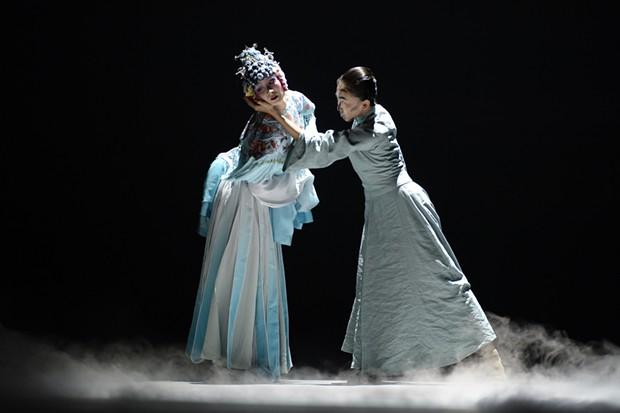 Yabin Wang (left) in The Moon Opera - PHOTO: WANG NING