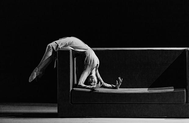 Yabin Wang in The Moon Opera - PHOTO: ZHANG YI