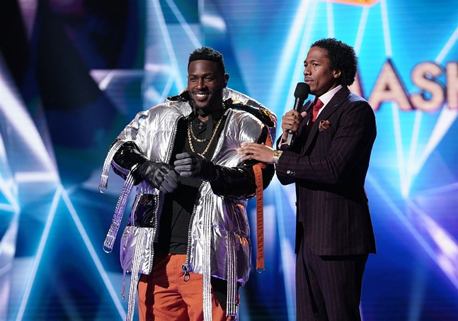 "Antonio Brown performed ""My Prerogative"" as a stylish hippo - MICHAEL BECKER/FOX"