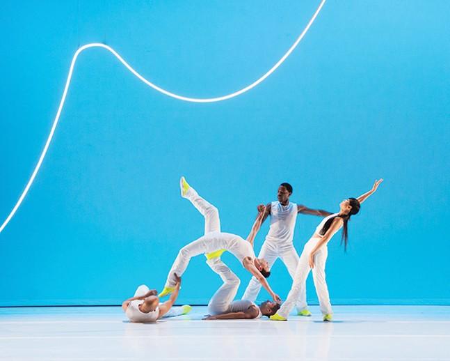 """Jessica Lang Dance in """"Glow"""" - CHRISTOPHER JONES"""