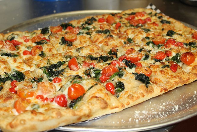 PHOTO: CALIENTE PIZZA