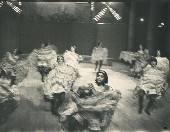 Cancan dancers, Moulin Rouge, 1931. - ILSE BING