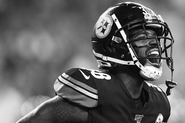 Jaylen Samuels #38 of the Pittsburgh Steelers celebrates his second half touchdown. - CP PHOTO: JARED WICKERHAM