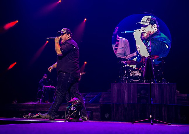 Luke Combs at PPG Paints Arena - CP PHOTO: MIKE PAPARIELLA