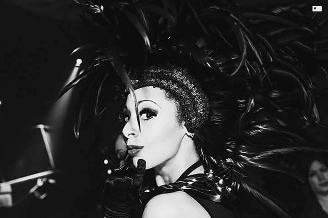 Alicia Lynn - JONATHAN DEMEO