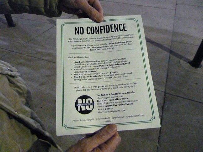 "A flyer handed out by P-G journalists to inform people about their ongoing byline strike and vote of ""no confidence"" against management - CP PHOTO: ALEX GORDON"