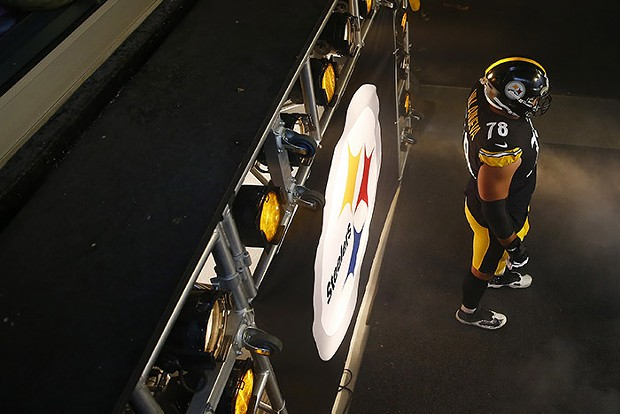 Alejandro Villanueva waits in the Steelers tunnel before being introduced. - CP PHOTO: JARED WICKERHAM