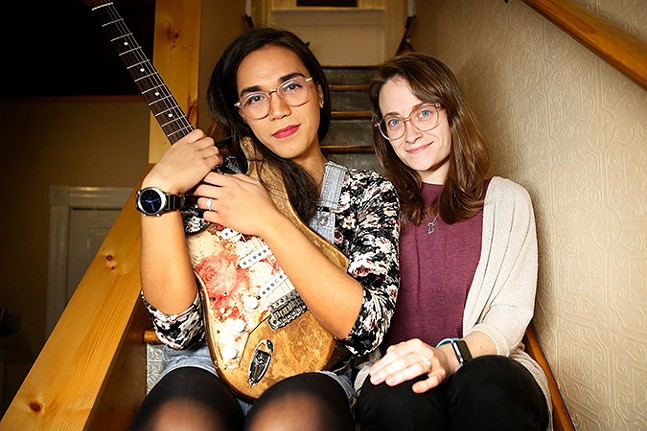 Chloe Hodgkins and Shannon Keating of Scratchy Blanket - CP PHOTO: JARED WICKERHAM