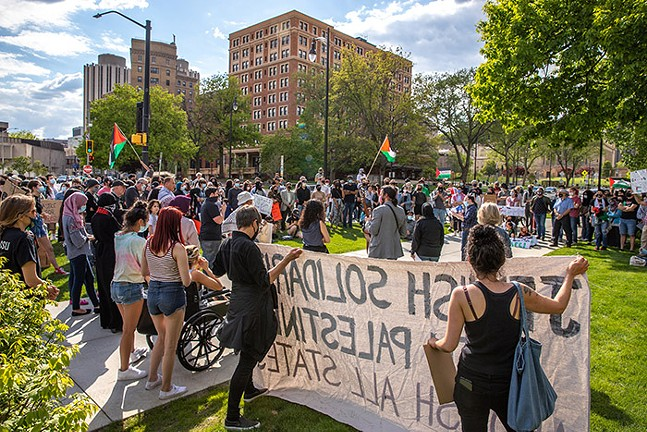 Hundreds gather for a Stand in Solidarity with Palestine protest outside the Cathedral of Learning in Oakland on Fri., May 14, 2021. - CP PHOTO: KAYCEE ORWIG