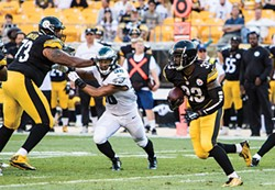 With Le'Veon Bell suspended, Fitzgerald Toussaint will get a chance to play out of the Steelers backfield. - CP PHOTO BY LUKE THOR TRAVIS