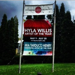 THE CENTER'S 2014 ARTIST/EMERGING ARTIST OF THE YEAR BANNER INCLUDED BOTH HONOREES' NAMES