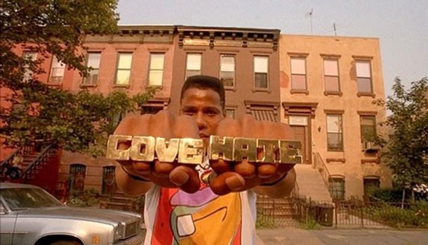 "Bill Nunn as Radio Raheem - SCREENCAP FROM ""DO THE RIGHT THING"""