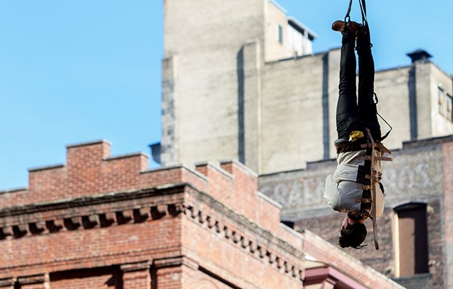 Lee Terbosic prepares for his Houdini-inspired escape - CP PHOTO BY LUKE THOR TRAVIS