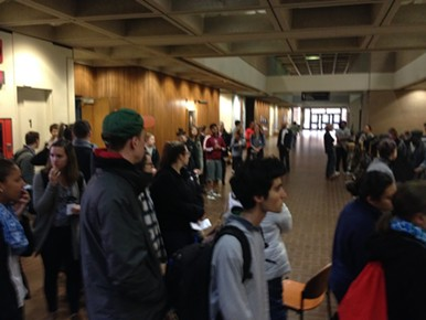 Pitt students waiting to vote this morning at Posvar Hall - PHOTO BY STEPHEN CARUSO