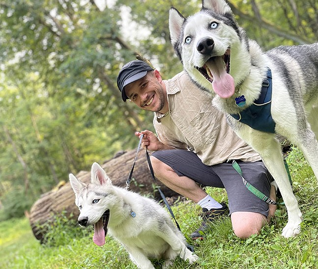 Sebastian Foltz and his rescue dog Echo and his foster dog Logan - PHOTO: MIGUEL ORTIZ