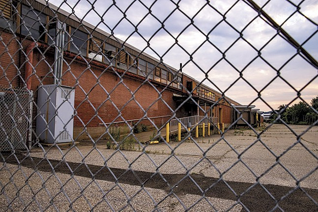 The former Sears outlet and site of the proposed Amazon warehouse - CP PHOTO: KAYCEE ORWIG