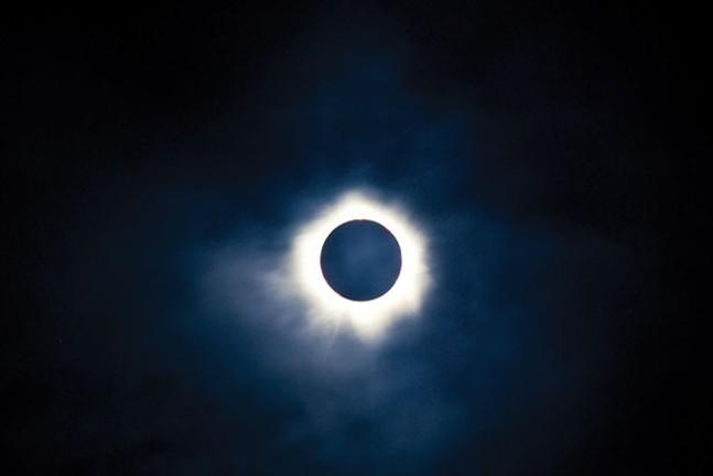 sl_solareclipse_33.jpg