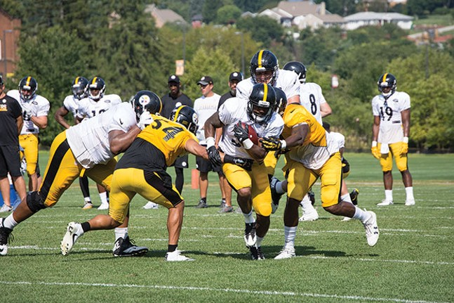 Practice drills at Steelers Training Camp in Latrobe - CP PHOTO BY JAKE MYSLIWCZYK
