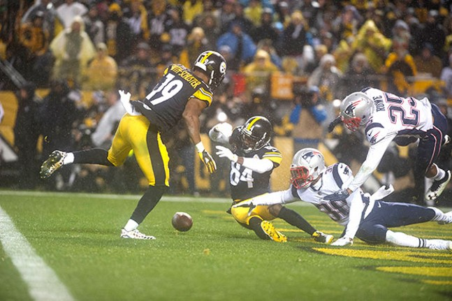 Antonio Brown can't come down with the catch on the play where he injured his calf.