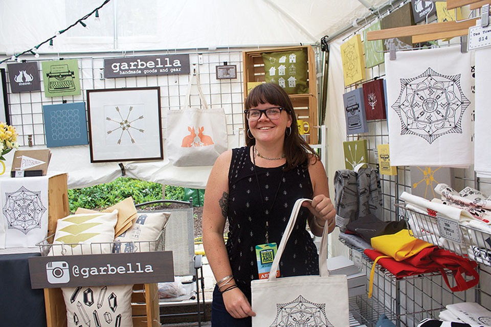 Pittsburgh artist Garbella at Three Rivers Arts Festival - CP PHOTO BY KRISTA JOHNSON