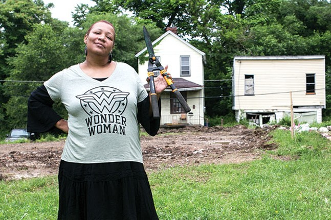 Raquee Bey, founder of Black Urban Gardeners and Farmers of Pittsburgh co-op - CP PHOTO BY JOHN COLOMBO