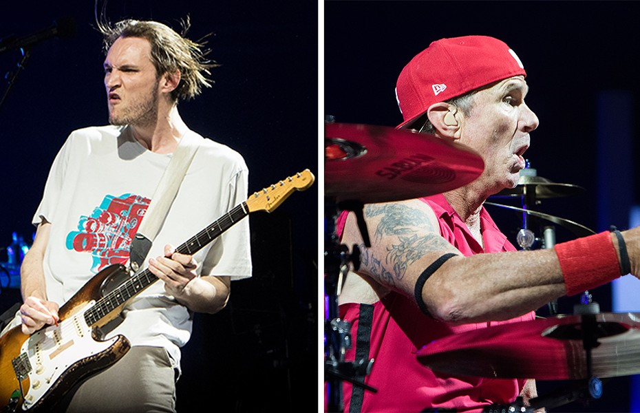 Josh Klinghoffer and Chad Smith - CP PHOTO BY LUKE THOR TRAVIS