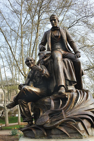 The Stephen Foster statue, in Oakland - CP FILE PHOTO