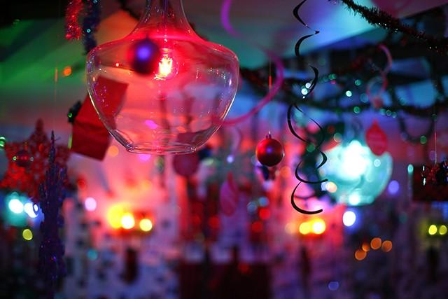 Jingle Bar - CP PHOTO: JARED WICKERHAM
