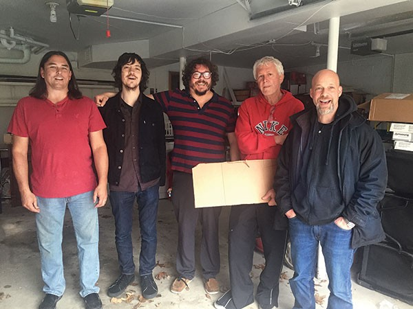 Guided by Voices (Bobby Bare Jr., center)