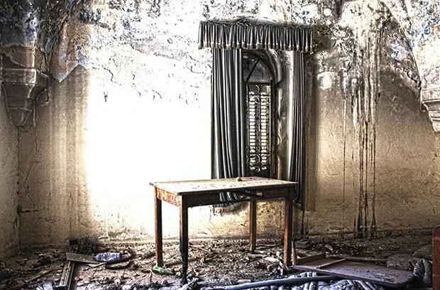 Photo of an abandoned home by Palestinian artist Bashar Alhroub