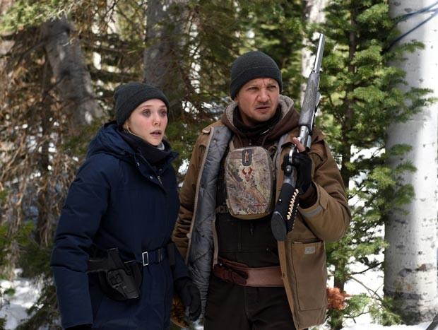 Elizabeth Olsen and Jeremy Renner