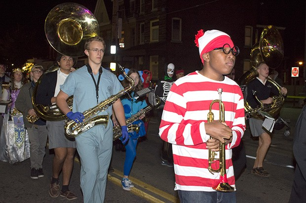 bloomfieldhalloweenparade10.jpg