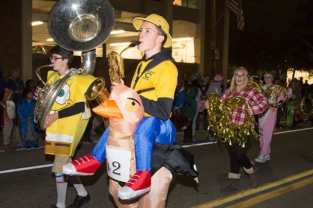 bloomfieldhalloweenparade25.jpg