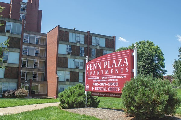 Penn Plaza apartment complex before it was torn down - CP PHOTO BY AARON WARNICK