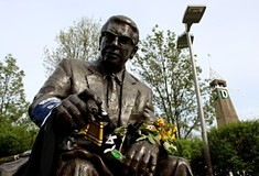 Fans remember Pittsburgh Steelers owner Dan Rooney for his team and his contributions to the city