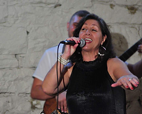 Hot forro and cool jazz with Kenia - Uploaded by CarnegieCarnegie