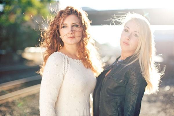 Velvet Heat Jessica Zamiska and Arianna Powell