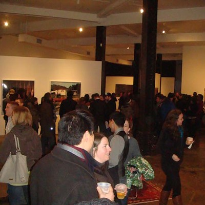 Gallery Crawl Slideshow